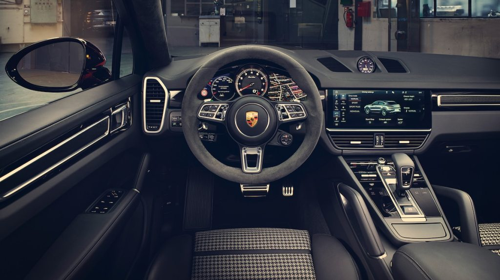 Cayenne Coupe Interior