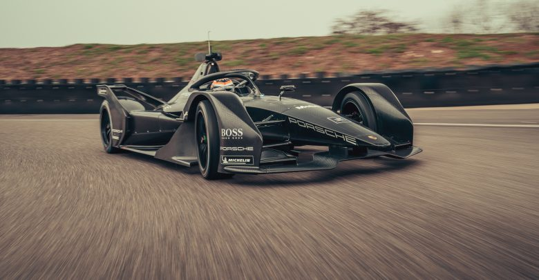 Formula E Turning