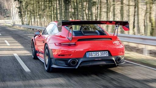 GT2RS MR Back